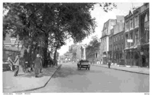 Postcard of King's Road. Courtesy of http://www.exciting.org.uk/postcards/chelsea/n-s/chelsea3.html